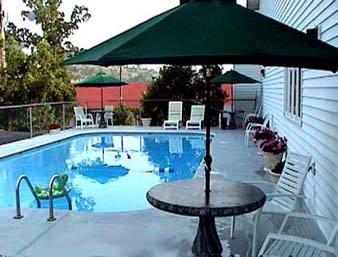 Knights Inn & Suites at Branson, Missouri USA - Pool Area